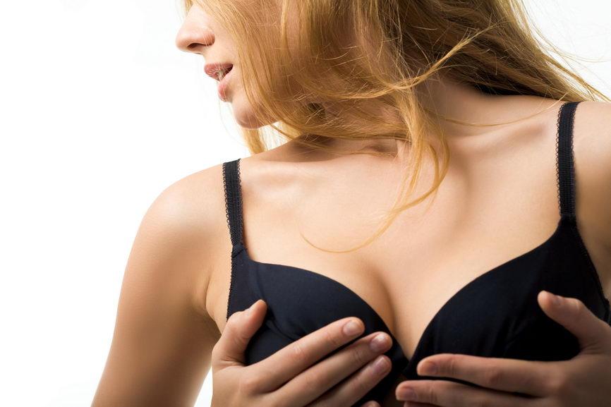 Импланты груди меняются